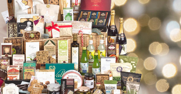 Send them a Luxury Hamper Baskets for Christmas!