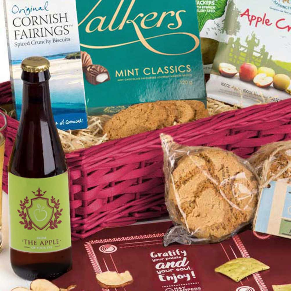 Personalised CIder and apple hamper gift for father's day from the apple of your eye