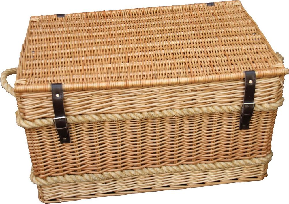 Wicker Trunk  29